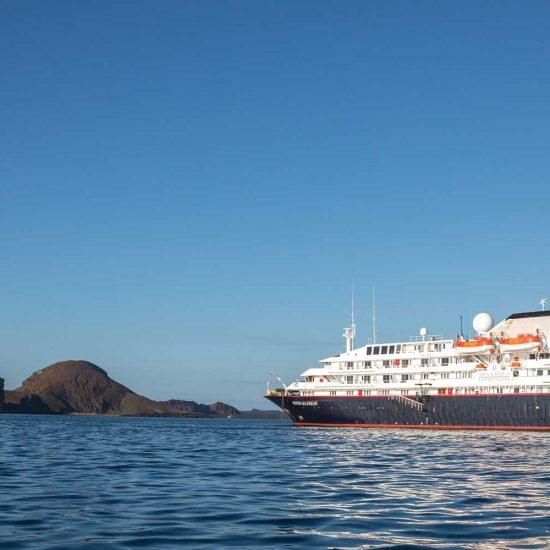 Luxe cruise Galapagos